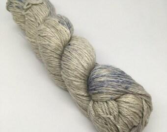 BEE BLISSFUL in Sapphire Dust / baby alpaca, silk, cashmere / DK  / 100 g / 225 m