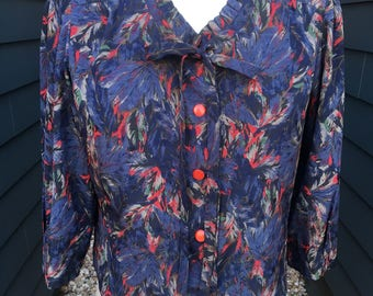 Vintage Silk Blouse with Bow tie // Vintage Blouse // Vintage Top // Vintage Blouse with necktie