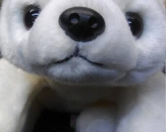 TY Beanie Buddy -Chilly the White Polar Bear