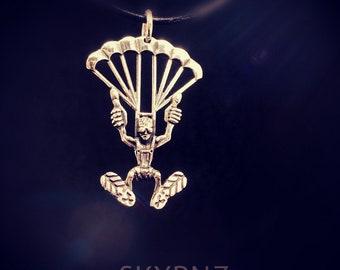 Streling silver skydiver pendant