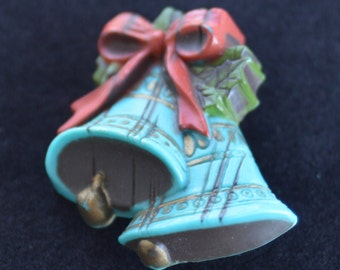 Pretty Vintage Teal Blue, Red, Green Christmas Bell Brooch, Plastic (AK5)