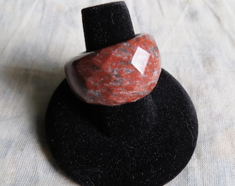faceted red jasper ring 8.75