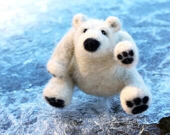 Needle Felting Kit Beginner Wool Polar Bear Cub