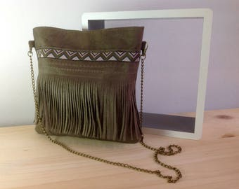 Taupe suede shoulder bag with fringe