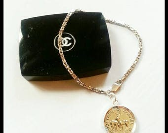 New 925 silver bracelet with pendant from button.