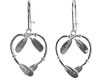 Kayak Paddle Heart Earrings