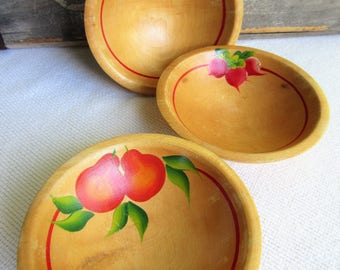 Vintage Painted Wooden Bowls Farmhouse Country Decor set of 3