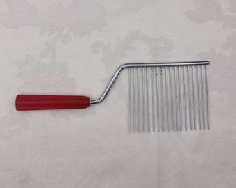 Vintage Cake Slicer with Red Bakelite Handle