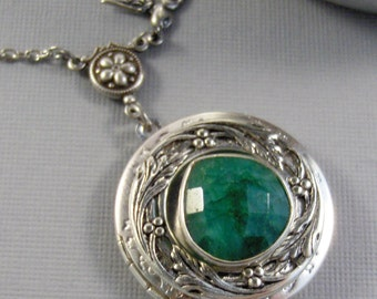 Emerald Locket,Emerald Necklace,Emerald Jewelry,Birthstone Necklace,Green,Birthstone Jewelry,May Birthstone,Emerald Birthstone,valleygir