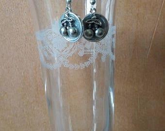 """Short """"Silver ceriz"""" earrings"""