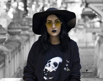 Skull print t-shirt, unisex t-shirt, gothic t-shirt, human skull, skull art, skull print, gothic clothing, black and white t-shirt, adults