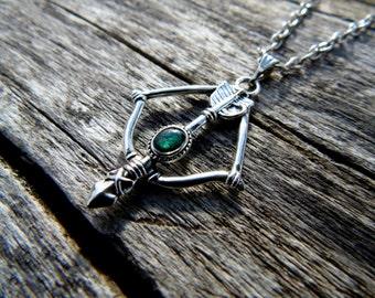 Green Arrow Necklace, arrow necklace, arrow choker, silver arrow necklace, layering necklace, arrow jewelry, fantasy necklace green necklace