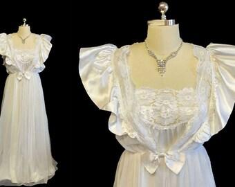 Vintage Bridal Wedding Night Val Mode Peignoir & Nightgown Set Satin Ruffles Bow Angelic White vintage nightgown vintage peignoir set