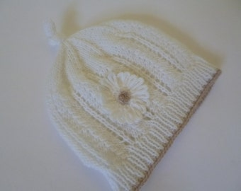 Baby Girl Hat, Newborn Girl Hat, Newborn Beanie, Newborn Gift, Baby Shower Gift, Coming Home, Winter Hat, Knitted Girl Hat.