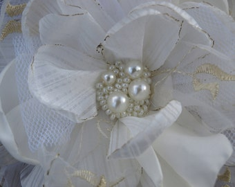 SALE White Flower Brooch or Hair Clip