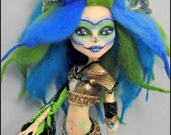 Monster Doll Custom Repaint OOAK Fantasy Doll Q'Tarra Horned, Wigged, Dressed Unique High Repainted