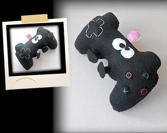 Plush APLUCHES video game controller shaped