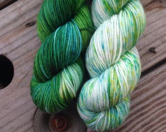 Snow Pea sock set on Kama 75/25
