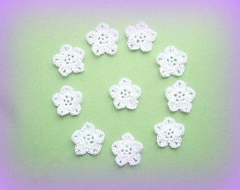 Set of 10 white flowers with the hook is 3.5 cm unique handmade applique crochet