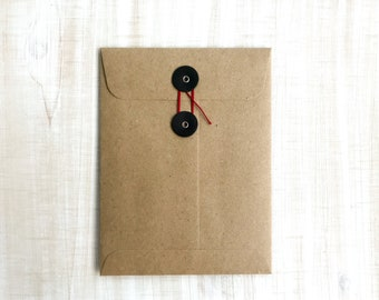 "String Tie Envelope A-6 4 7/8"" x 6.5"" Brown Paper Button Closure Envelopes with Customizable Button & String, Set of 5"