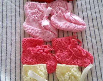 baby clothes, baby booties, baby shoes