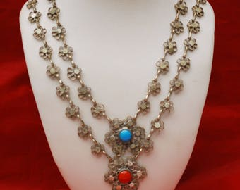 Flower Bib Necklace - Silver filigree - Red Blue glass Cabochon - India - Boho - Statement Necklace