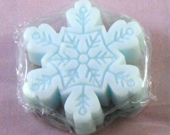 Christmas Gift, Natural Shea Butter Soap, Mini Snowflake Soap Gift Set, Peppermint Snowflake Soaps by PrettySudsy, Stocking Stuffer Gift