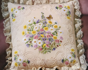Janlynn Candlewicking Embroidery Wildflowers and Butterfly