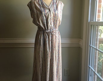 Vintage Floral Knit Midi Dress
