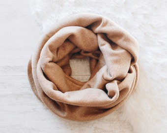 Brown Infinity Scarf / Womens Scarves / Light Brown Scarf / Winter Scarf / Cowl Scarf / Chunky Scarf / Gift for Her // Camel Light Brown