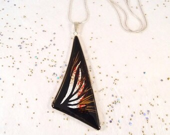 Moderne enameled pendant