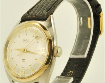 Wyler vintage wrist watch, 17 Jewels, yellow gold-filled & stainless steel round case
