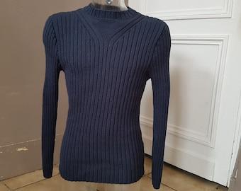 Blue man crew neck t shirt. Hand knitted L
