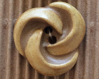 5 Gorgeous Swirl Fashion Buttons, ButtonMad, Incomparable Buttons, Fully Washable, Buttons for knitting, L289