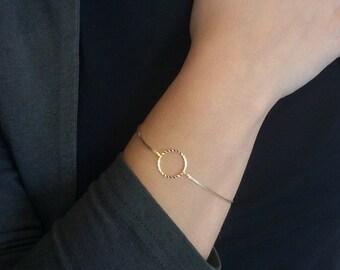 Dainty bracelet - Infinity gold bracelet - Minimal bracelet -  Open Circle Bracelet - Friendship bracelet - Bridesmaid gifts - Gift Ideas
