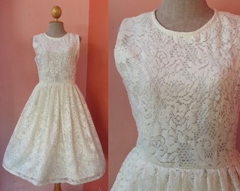 Womens Cream Lace Dress Small Vintage Wedding Dress Women Short Wedding Dress Prom Dress Evening Gown Dress Pleated Dress Sleeveless Size 4