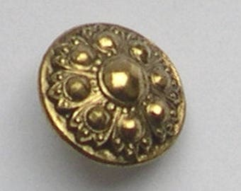 BUTTON gold round 18 mm VINTAGE baroque style metal