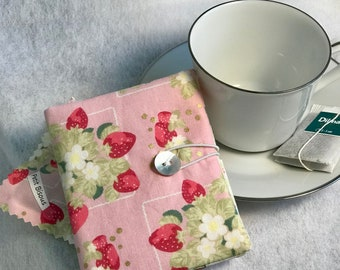 Berries Be Mine Lecien fabric Tea Wallet