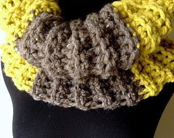 Silly Bridget Cowl Warmer in Chunky Citrine Yellow Brown