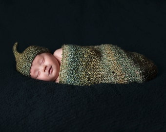 Knit Sac COCOON Wrap in GREEN for Newborn BABY Photography Prop