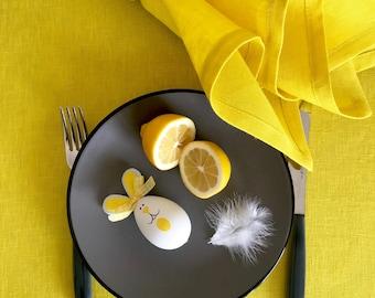 Easter table runner yellow, spring tablerunner, Easter table, Easter decor, spring table runner, linen table runner, modern tablerunner