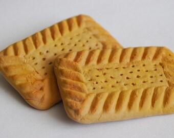Shortbread Biscuit Brooch