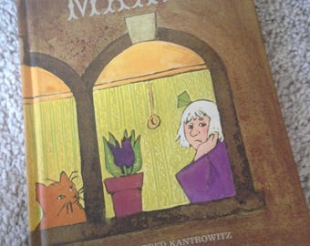 Maxie by Mildred Kantrowitz Pictures by Emily McCully 1970 Illustrated Hardcover