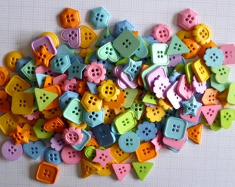 SHAPED buttons x100g
