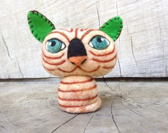 OOAK Needle felted Hailess Sphinx Cat Toy Shelf Sitter Ready to Ship