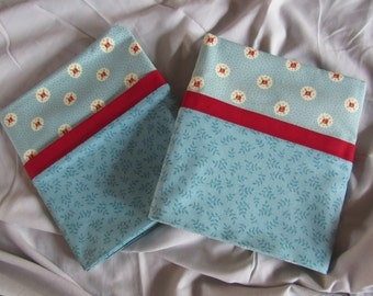 Pair of Standard Sized Pillow Cases