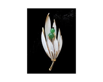 Leaf Pin/Brooch * White Enamel With Green Beads * Classic Vintage