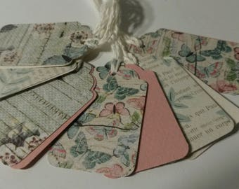 6 pink gift tags
