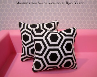 Miniature pillows in Black and white for Barbie Blythe 1:6th Scale Graphic Hexagon print