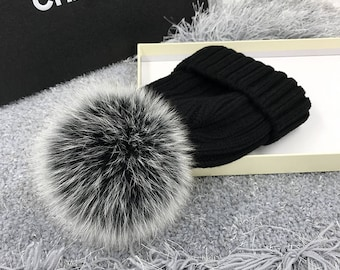 Snow Grey Fox Fur Hats Pompoms Handcraft Winter Soft Hats Custom for Kids and Adult Genuine Fuzzy Puffs Beanies